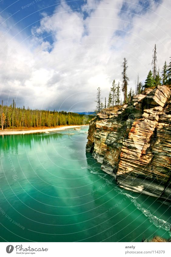 turquoise Turquoise Lake Fascinating Impressive Canada National Park Loneliness Breathe Air Autumn Mountain Blue Clarity Water Nature Rock curt Vantage point