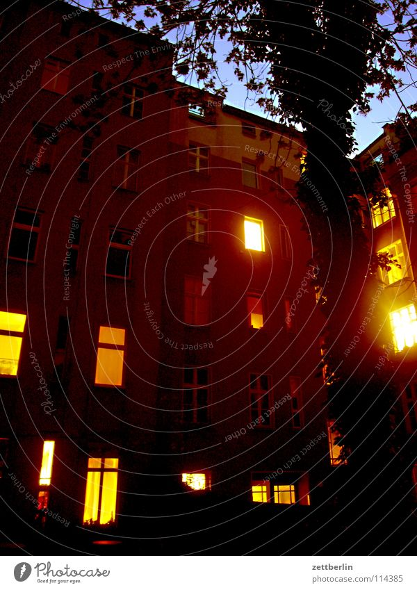 House (Residential Structure) Berlin Window Night Living or residing Dinner Illuminate Backyard Prefab construction Neighbor Awareness Town house (City: Block of flats) Private Interior courtyard Apartment house Discretion