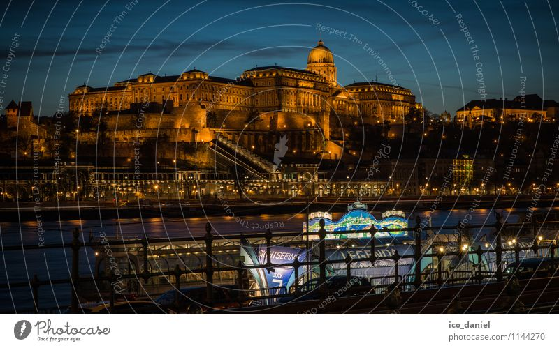 Castle Palace in Budapest Lifestyle Vacation & Travel Tourism Sightseeing City trip Cruise Night life Hungary Europe Town Capital city Downtown Skyline Deserted
