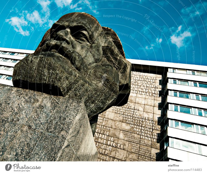 KARL MOIK Chemnitz Head Statue Monument Landmark Art Communism Free enterprise Philosophy Black Gray Left Socialism Capitalism Working man Repression Bronze
