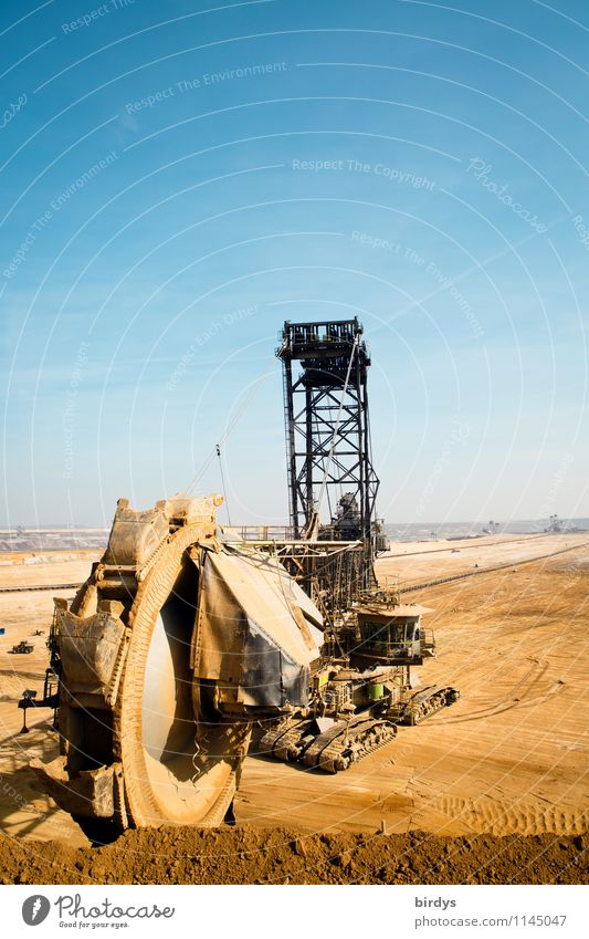 Garzweiler - they are still dredging Work and employment Industry Energy industry Machinery Mining Soft coal dredger Soft coal mining Earth Cloudless sky