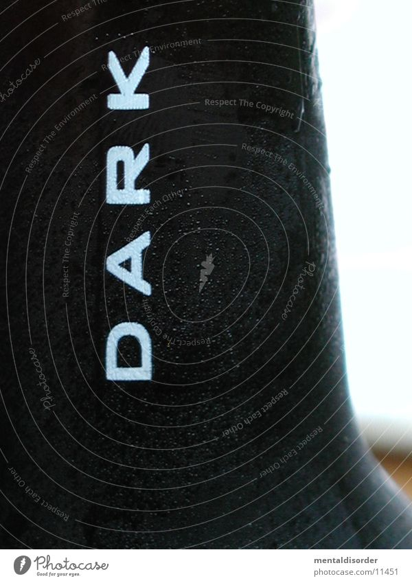 Black Dark Cold 4 Beer Bottle Alcoholic drinks East Frisland Jever