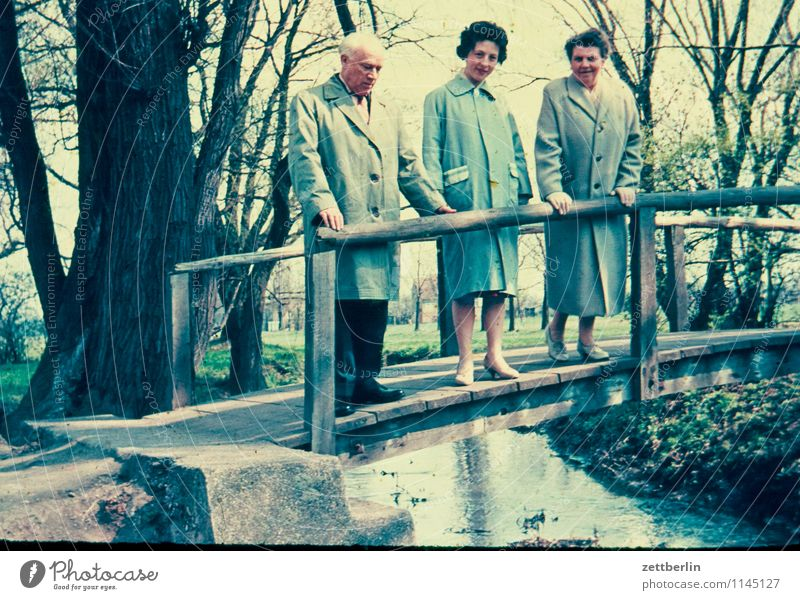 Friedrich, Ursel, Hedwig Family & Relations Related Family outing Domestic happiness Hiking Vacation & Travel Past The fifties Sixties Human being Fashion