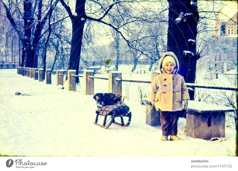 Child Landscape Winter Cold Snow Fashion Family & Relations Infancy Copy Space Childhood memory Posture Past Bench Memory Avenue Sixties