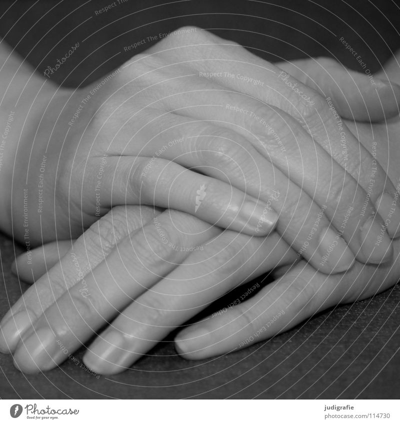 Woman Human being Hand White Calm Black Gray Contentment Wait Skin Arm Fingers Lie Expectation Cloth Left