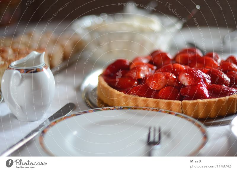 Red Feasts & Celebrations Food Fruit Birthday Nutrition Table Sweet Delicious Breakfast Crockery Cake Baked goods Dough Cutlery Strawberry