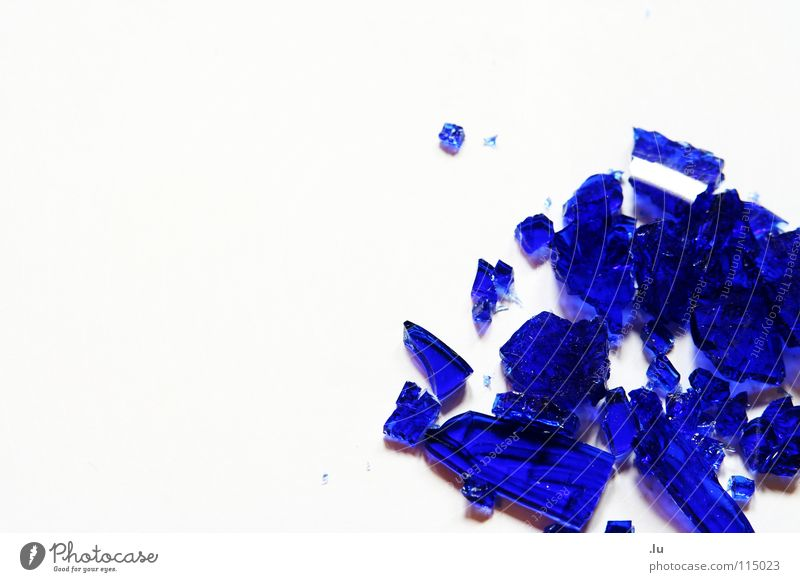 Beautiful Blue Happy Stone Glass Broken Decoration To fall Feces Broken Noble Aggravation Destruction Fragile Shard Minerals