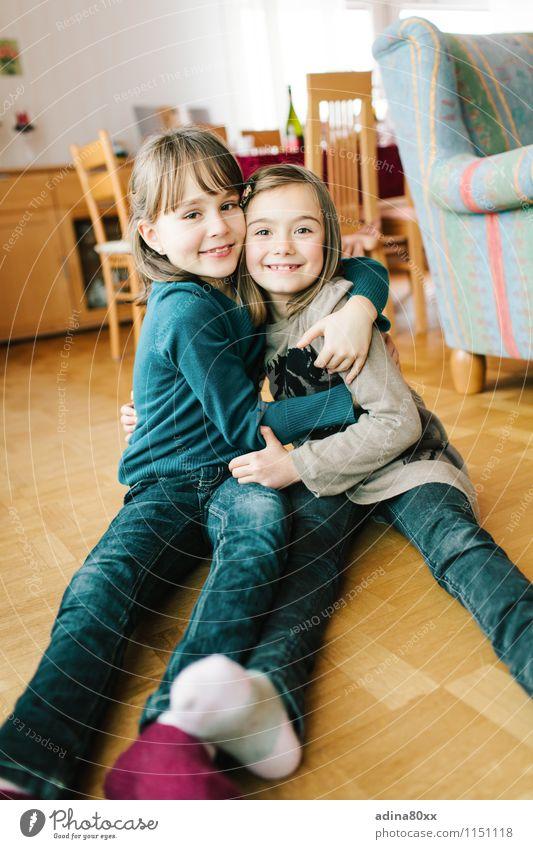 This is reconciliation... Parenting Education Girl Brothers and sisters Sister Friendship Infancy Embrace Together Happy Joie de vivre (Vitality) Acceptance