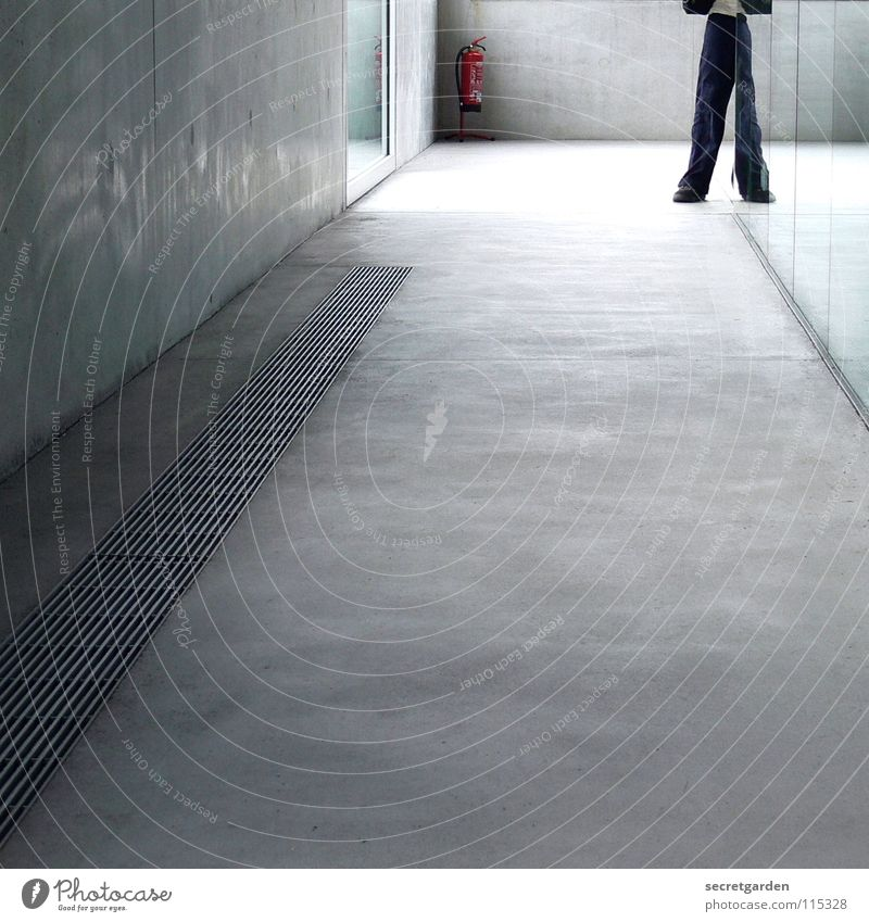 optical illusion Room Hallway House (Residential Structure) Building Concrete Concrete floor Ventilation Wall (building) Window Light Extinguisher Dangerous Man