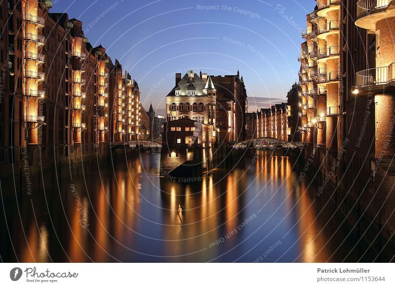 Vacation & Travel City Beautiful Water Environment Architecture Exceptional Stone Germany Facade Illuminate Tourism Europe Bridge Romance Hamburg