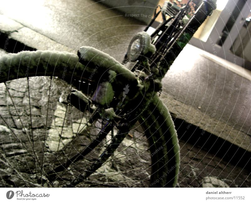 snow wheel Bicycle Wet Cold Transport Snow Cool (slang)