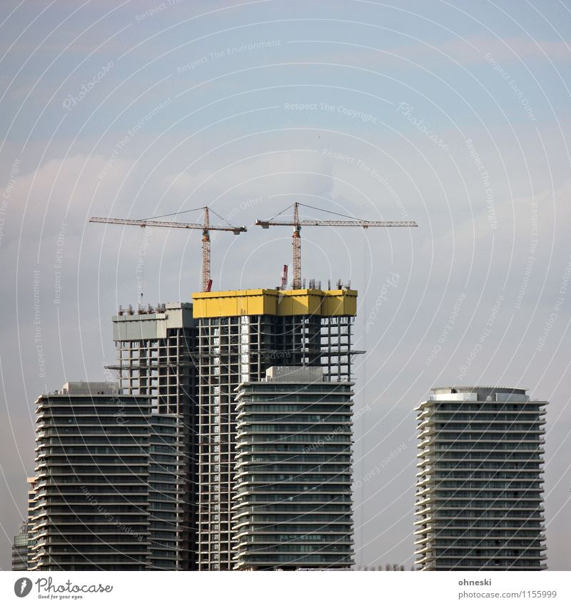 construction site Work and employment Construction site Town Skyline House (Residential Structure) High-rise Manmade structures Architecture Facade Crane Build