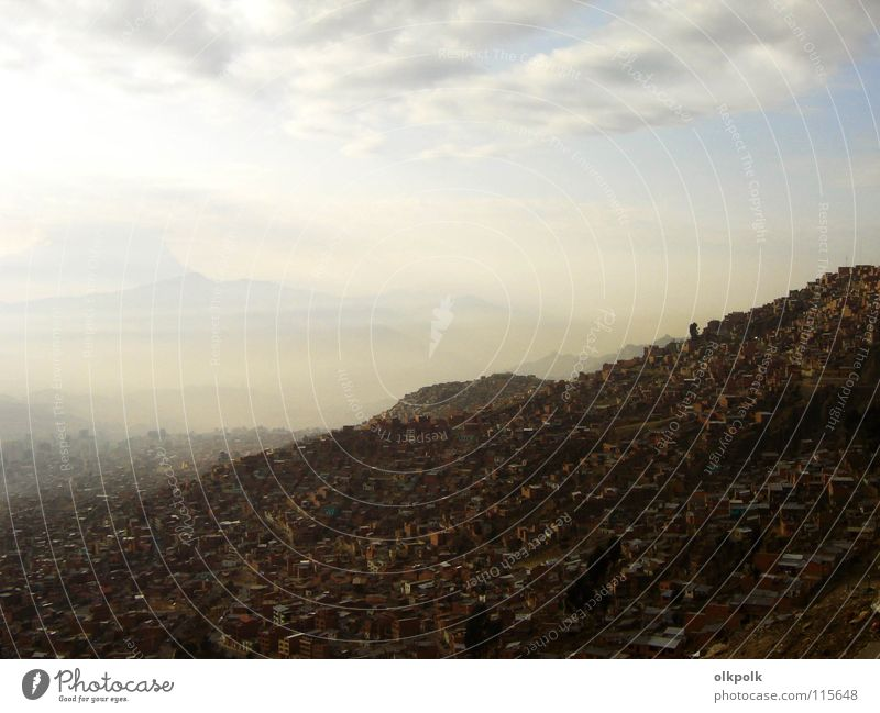 Te extraño niña La Paz Morning House (Residential Structure) Fog Brown Clouds Dirty Air Bolivia South America Heavenly in the morning Arm Mountain haze dome Sky