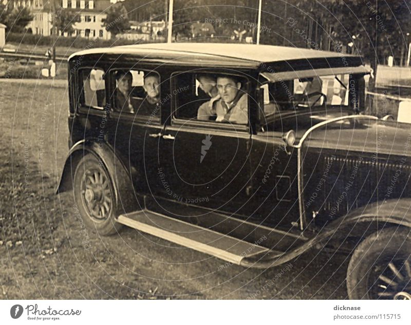 Old White Joy Black Car Time Trip Black & white photo Lady Sporting event Anticipation Vintage car Gentleman Olympics Fascinating Madame