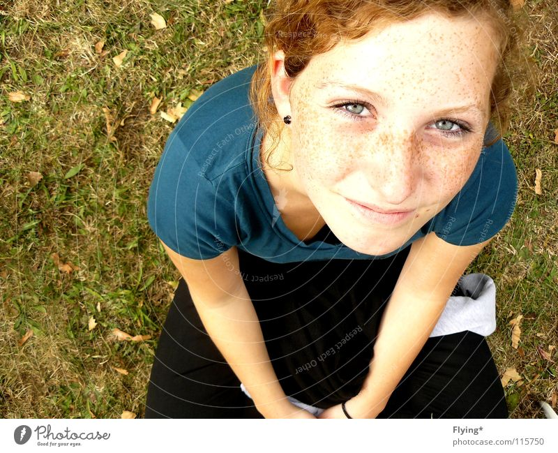 selina Meadow Grass Portrait photograph Freckles Girl Woman Beautiful Expectation Curiosity Joy Colour Healthy blue eyes Blue Curl Bright Laughter Grinning