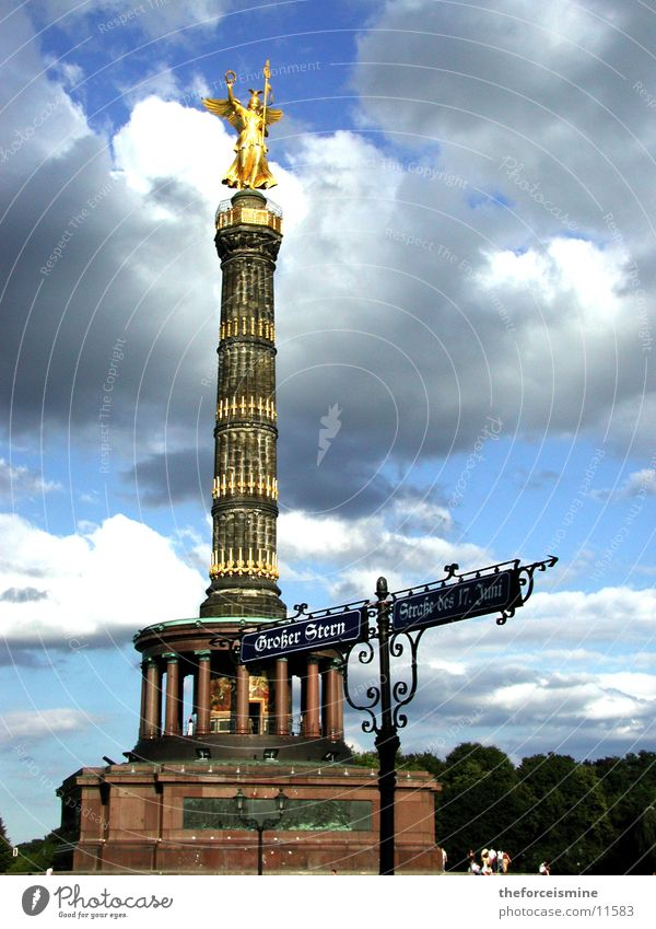 Berlin Gold Success Leisure and hobbies Statue Past Historic Column Blue sky Street sign Victory column