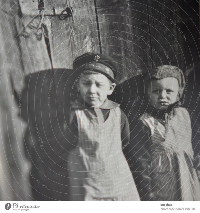 gertrud and karl-hans Photography family album Old Memory Analog Black & white photo Child Family & Relations Girl Boy (child) Second World War The thirties