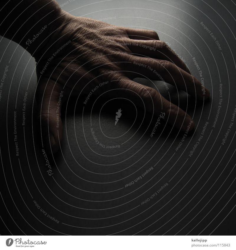 Human being Man Hand Skin Fingers Table Catch To hold on Wrinkles Monkeys Thumb Fingernail Vessel Stick Joint Forefinger