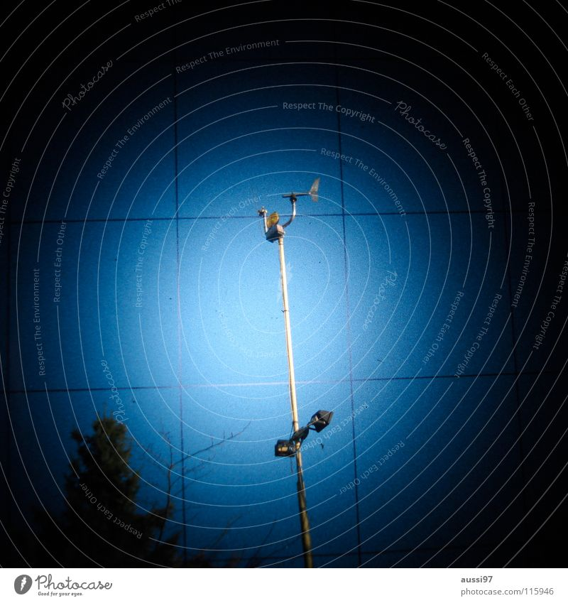 The abandoned station Radio technology Antenna Air speed meter Dark Concerning Rain Planet UFO Hazy Grid Pattern Photographic technology Industry