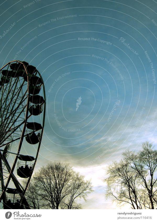 Tall Industry Aviation Level Markets Ferris wheel Scotland Attraction Edinburgh