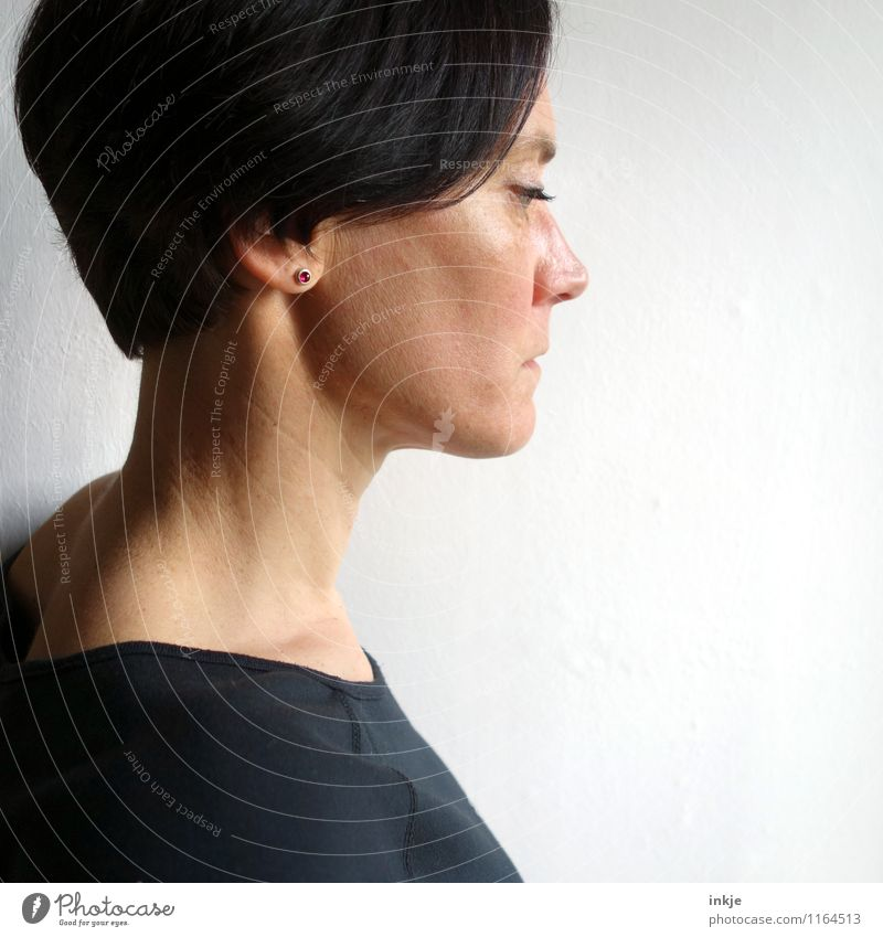 PINk Lifestyle Style Woman Adults Face 1 Human being 30 - 45 years Earring Hair and hairstyles Black-haired Short-haired Think Dream Sadness Emotions Moody