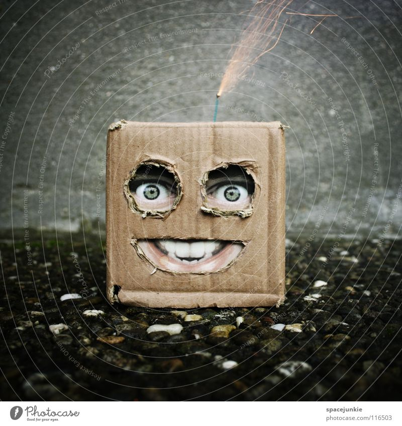 Man Joy Face Wall (building) Concrete Dangerous Threat New Year's Eve Mask Toys Force Square Firecracker Hide Doll Whimsical