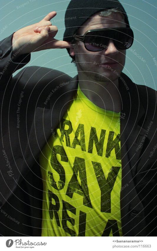 FRANKIE SAYS RELAX Freak Eyeglasses Baseball cap Suit Neon light Yellow Gray Style Man Joy Club Advertising Frankie T-shirt Colour Blue Face Finger in ear Chest
