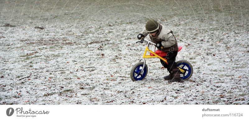 sudden onset of winter Cold Cycling Cap Territory Winter Playing Child Stop Get caught on Freeze Conquer Boy (child) Bicycle Snow Ice Motocross bike adventure