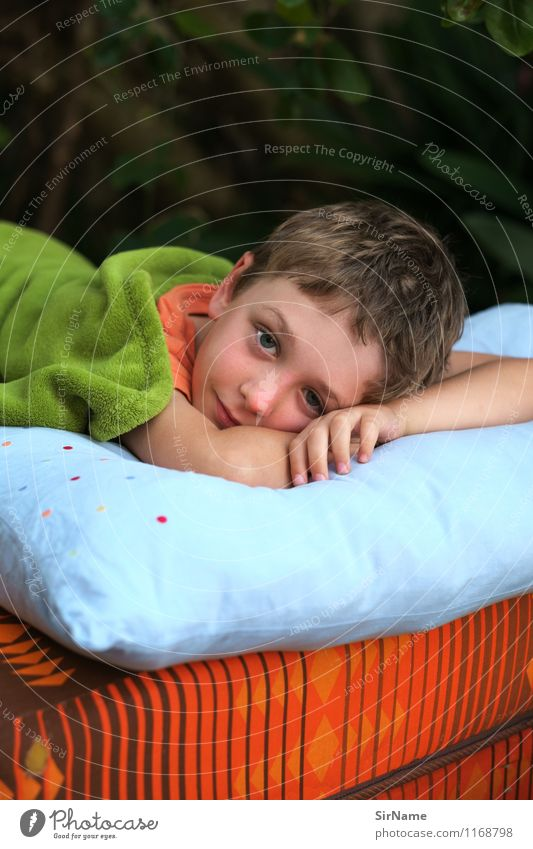 368 Leisure and hobbies Living or residing Flat (apartment) Garden Bed Boy (child) Infancy 3 - 8 years Child Brunette Pillow Mattress Blanket Relaxation