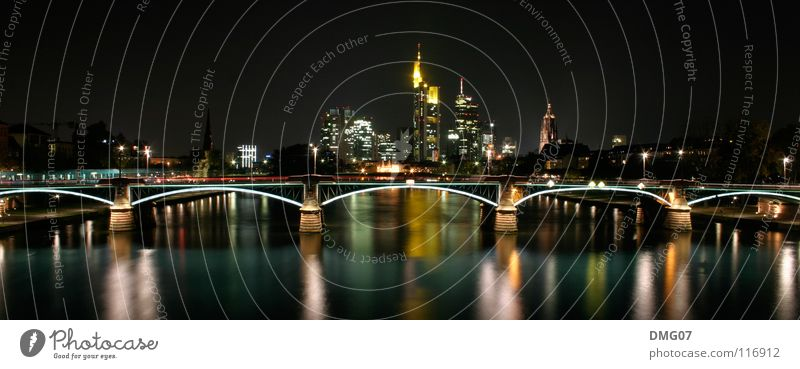 Skyline Mainhattan Lifestyle Luxury Style Tourism Sightseeing City trip Night life Event Music Bar Cocktail bar Going out Feasts & Celebrations Clubbing Dance