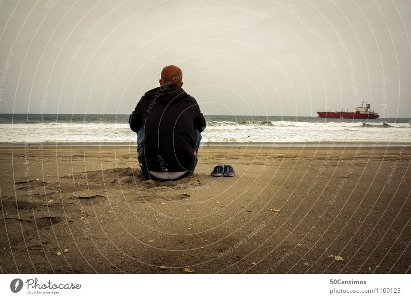 Lonely on the beach Trip Adventure Far-off places Freedom Cruise Beach Ocean Island Man Adults 1 Human being Navigation Oil tanker Observe Think To enjoy