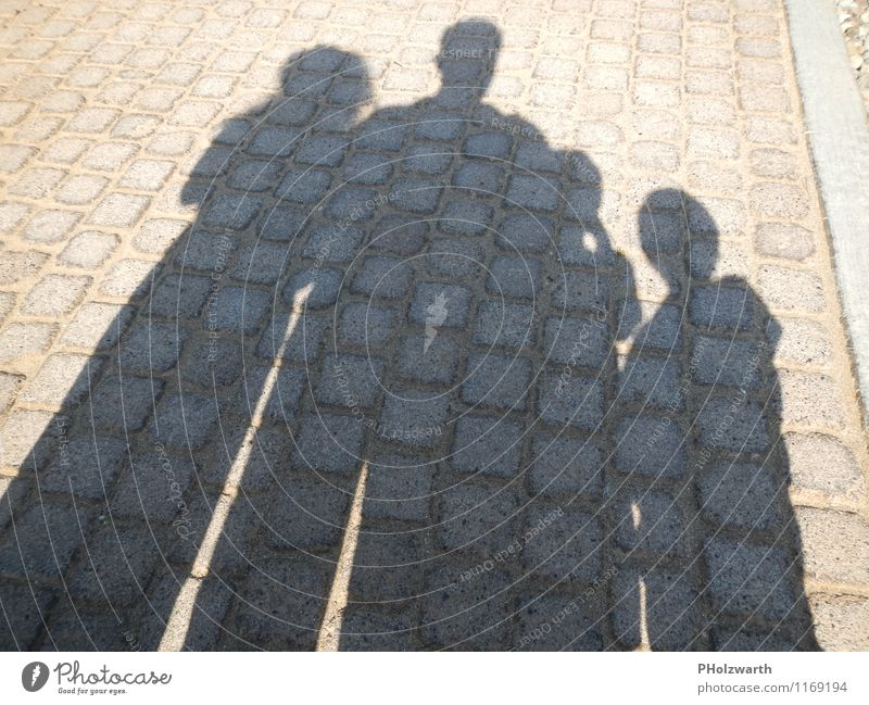 Shadows of the family Human being Masculine Feminine Child Boy (child) Woman Adults Man Parents Mother Father Brothers and sisters Family & Relations 4
