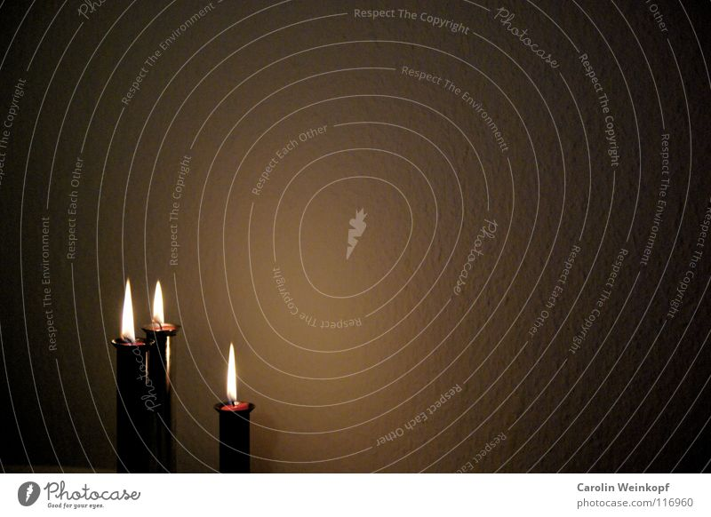 Christmas & Advent Calm Black Wall (building) Death Sadness Moody Blaze Drops of water 3 Circle Grief Candle Round Romance
