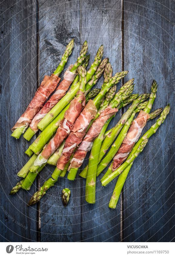 Green asparagus with ham Food Meat Vegetable Nutrition Lunch Dinner Buffet Brunch Organic produce Style Design Healthy Eating Barbecue (apparatus) Simple