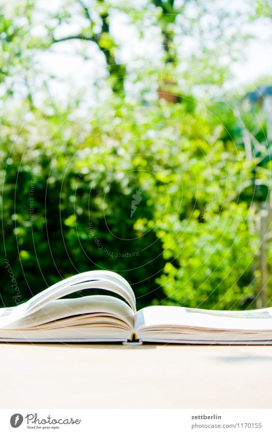 book Berlin To leaf (through a book) Book Trade school Cookbook Spring Garden Small Garden plot Print media Reading Reading matter Literature Paper Table Leaf