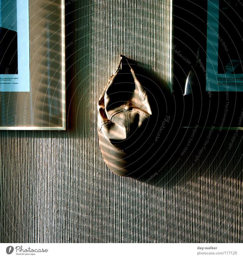 hung Wall (building) Cap Hang Reflection Stripe Dark Light Venetian blinds Window Checkmark Decoration Image Shadow Glass Contrast Structures and shapes