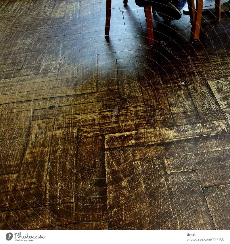 Vacation & Travel City Relaxation Wood Feet Line Brown Sit Corner Floor covering Break Chair Gastronomy Nostalgia Wooden floor Parquet floor