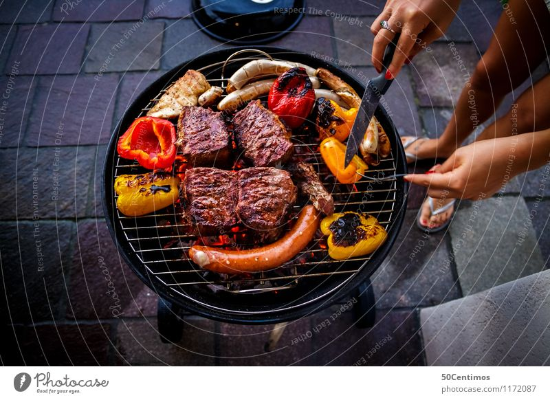 Human being Vacation & Travel Summer Relaxation Hand Healthy Eating Feasts & Celebrations Leisure and hobbies Nutrition To enjoy Vegetable Barbecue (event)