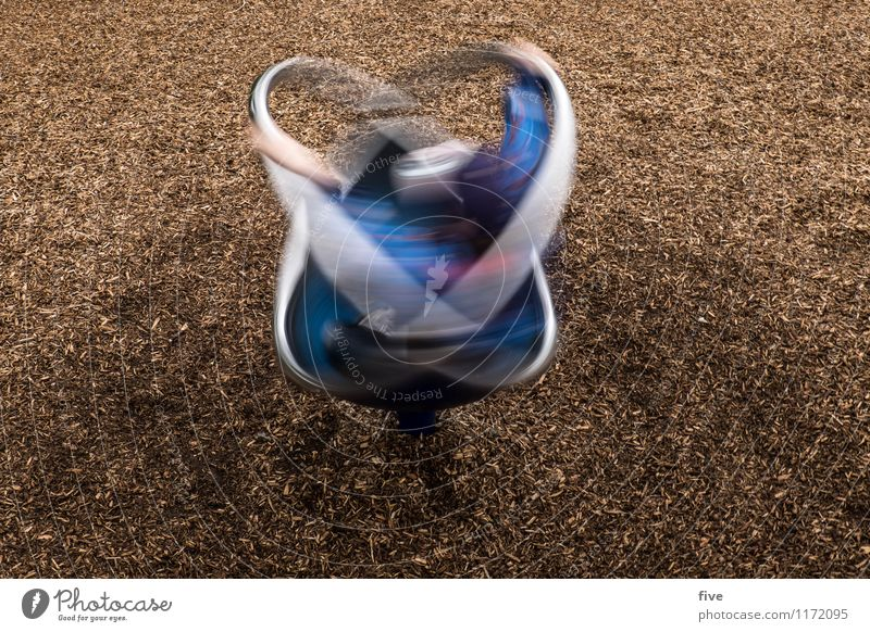 Human being Child Youth (Young adults) Movement Playing Leisure and hobbies Infancy Rotate Playground 3 - 8 years