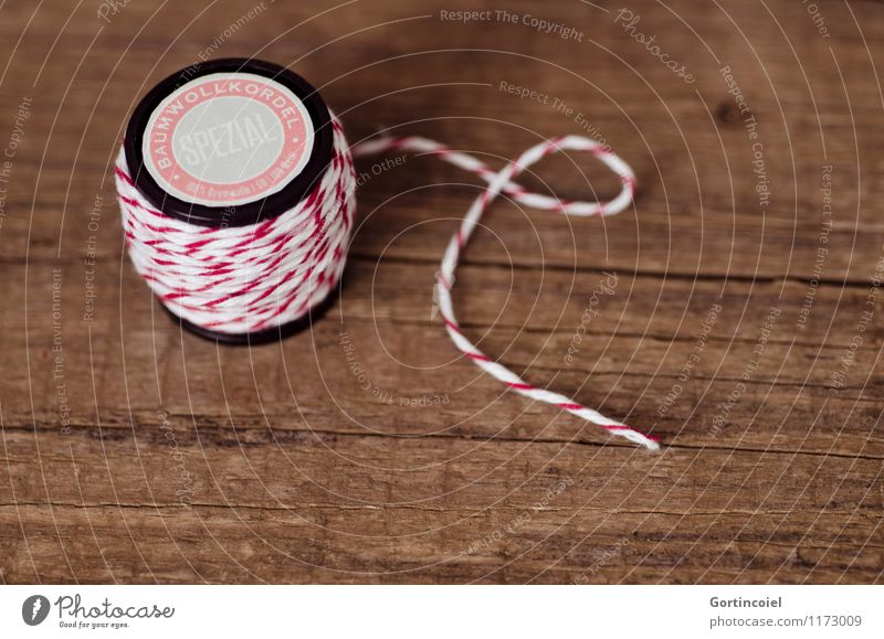 twine Leisure and hobbies Handicraft Handcrafts Red White Wooden table Sewing thread String Home improvement Self-made Decoration Spool Colour photo