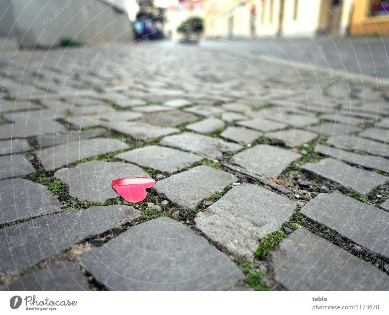 City Red Street Love Emotions Happy Small Gray Stone Metal Glittering Lie Heart Joie de vivre (Vitality) Sign Wedding