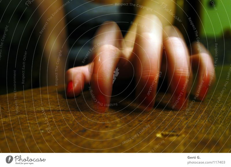 Run Baby Run Tabletop Wood Wooden table Fingers 5 Hand Forefinger Spider Typing Middle finger Knock Motion blur Woman Women`s hand Feminine Drum Nail polish Red