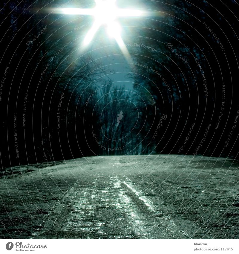 Sun Blue Winter Lamp Dark Cold Snow Ice Stars Europe Star (Symbol) Tracks Hill Freeze Upward Reaction