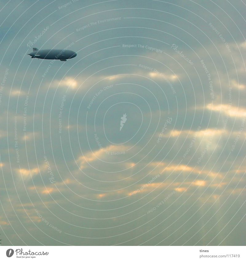 steward of the clouds Zeppelin Air Clouds UFO Aviation Sky Weather Sun Lighting Blue quantity contrast chromogenic Lamp