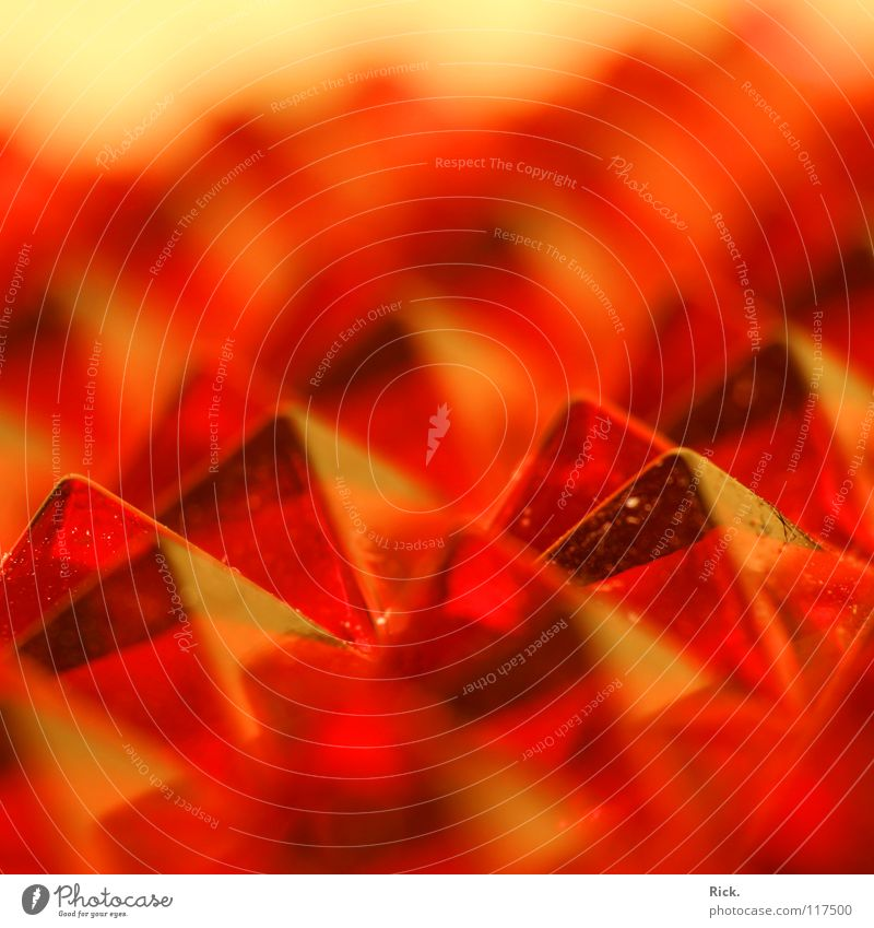 Red Colour Glass Corner Clarity Plastic Near Mirror Transparent Sharp-edged Section of image Blur Refraction Pyramid Prism Reflector