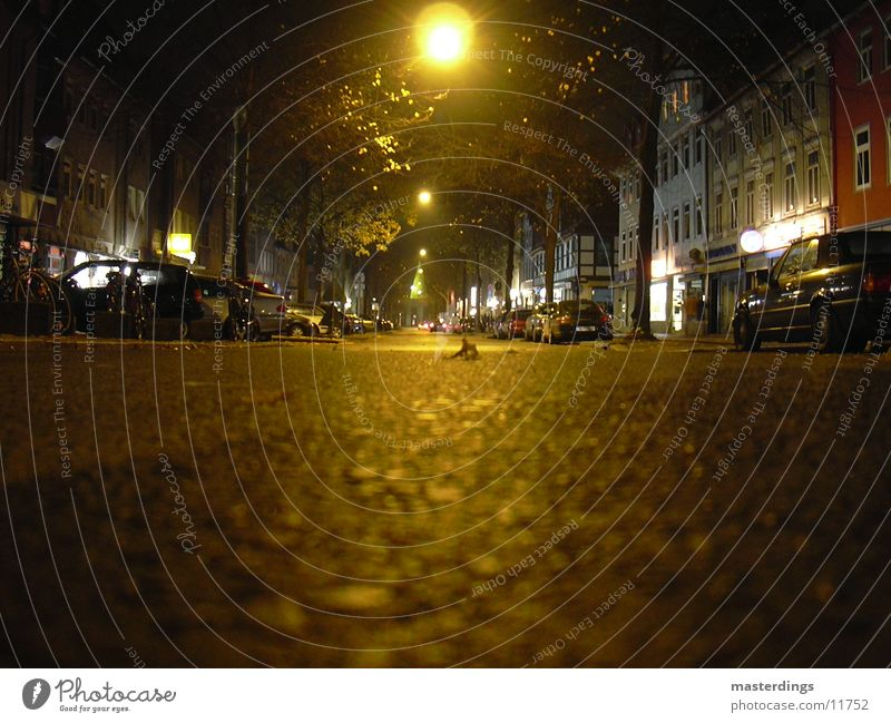 Gö-the-Allee Night Dark Goettingen Tar Empty Calm Transport yellow light Goethe Avenue Street