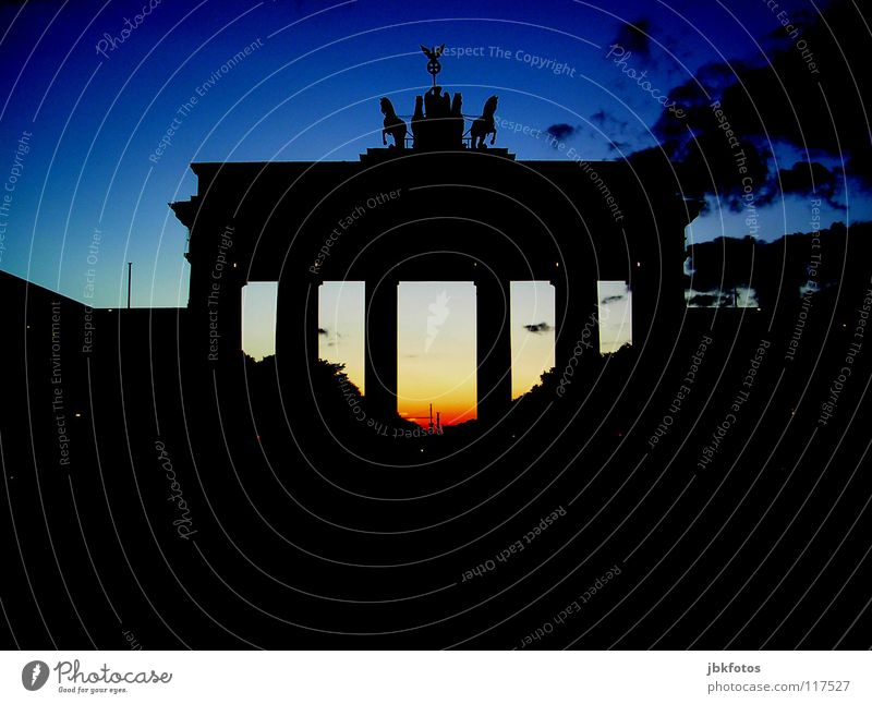 Berlin Colour photo Multicoloured Exterior shot Experimental Deserted Light Shadow Contrast Silhouette Sunrise Sunset The Wall Brandenburg Gate Germany