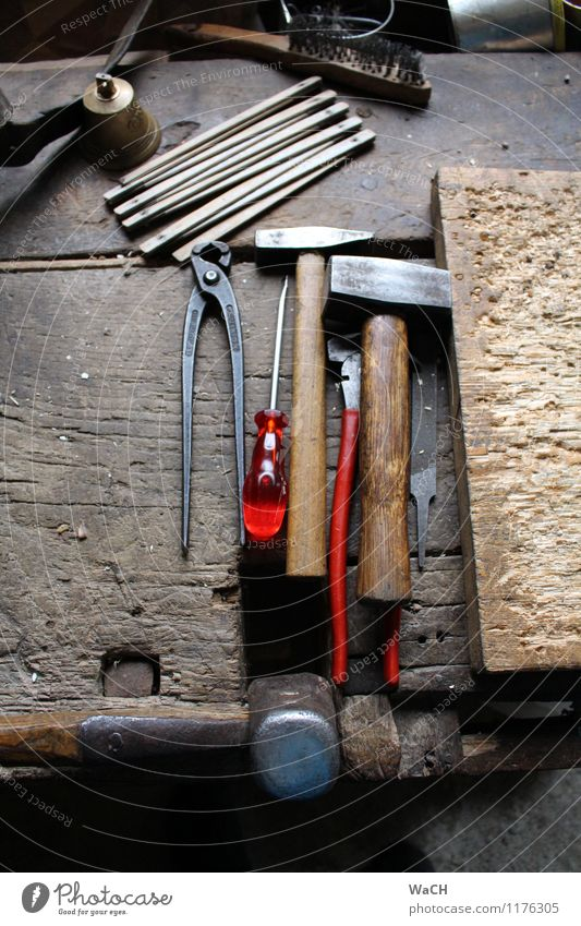 Wood Work and employment Leisure and hobbies Construction site Craft (trade) Tool Build Handicraft Redecorate Craftsperson Arrange Measuring instrument Hammer