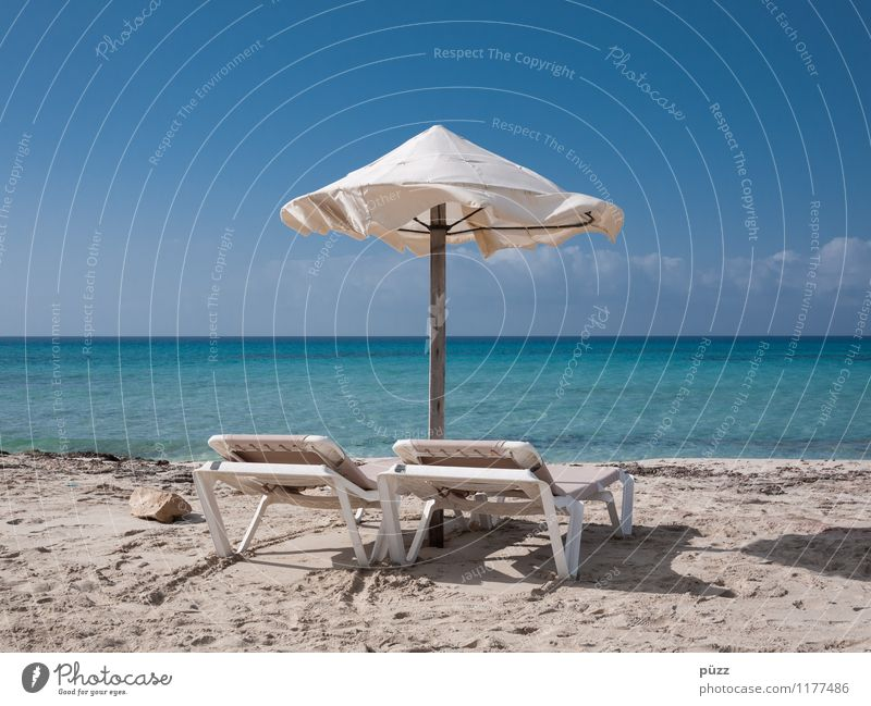 Sky Vacation & Travel Blue Summer White Sun Relaxation Ocean Landscape Far-off places Beach Coast Sand Tourism Island Sunbathing