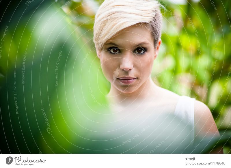 portrait Feminine Young woman Youth (Young adults) Face 1 Human being 18 - 30 years Adults Blonde Short-haired Hip & trendy Beautiful Natural Green Frontal